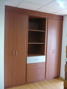 Closets dormitorio quito pichincha 126999436919 for Modelos de closets para dormitorios