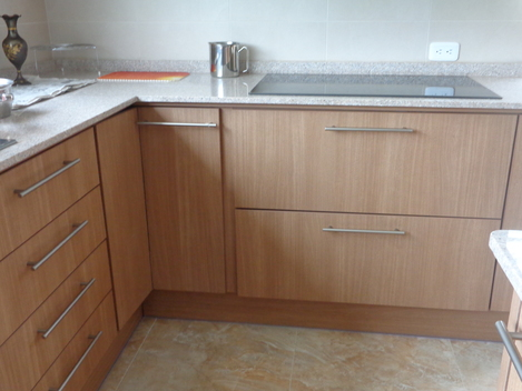 Madelac muebles modulares quito pichincha for Muebles de cocina modulares
